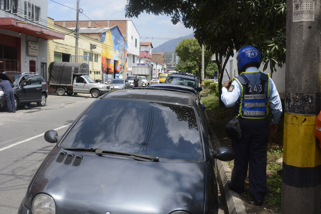 Did You Know? Medellin's Bad Parked Cars Occupy 40% of the Road